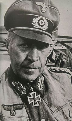 General der Artillerie Helmuth Weidling (02 November 1891 - 17 November 1955), commander 86. Infanterie Division, XL., XLI., LVI., XXXXI. Panzerkorps, Berlin Defense Area. Knight's Cross on 15 January 1943 as GM and commander 86. ID, 408th Oak Leaves on 22 February 1944 as GdA and commander XXXXI. PK, 123rd Swords on 21 January 1945.