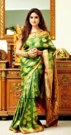 sony-charistha-silk-saree-stills-Sep-2015