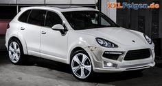 Porsche Cayenne mit 22 Zoll Leichtmetallfelgen von Hofele