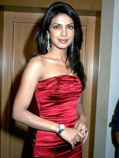 "Top 10 Sexiest Indian Women in Bollywood----Priyanka Chopra is a Bollywood actress and singer. She was also the winner of the Miss World pageant of 2000. Her new song, ""Exotic,"" also f..."
