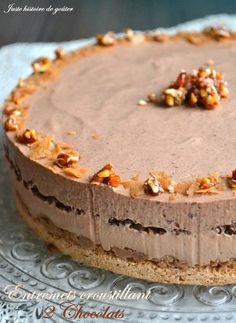Just to taste: Crispy Desserts with 2 Chocolates - Entremets modernes - Cake-Kuchen-Gateau Thermomix Desserts, Easy Desserts, Delicious Desserts, Dessert Recipes, Yummy Food, Creme Cupcake, Chocolat Recipe, Mango Cake, Cake & Co