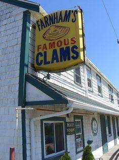 JT Farnham's Seafood & Grill in South Essex, Massachusetts
