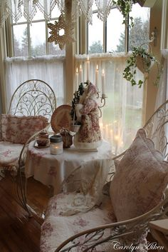 Aiken House & Gardens: Our Kitchen at Christmas
