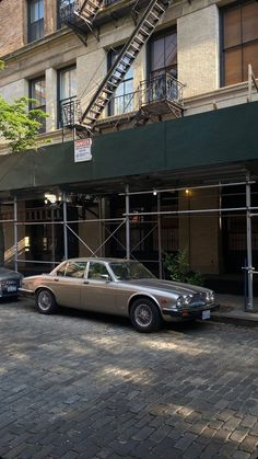Brooklyn Baby, Go Outside, Pretty Cool, Vintage Cars, Nyc, New York, Photo And Video, City, Travel