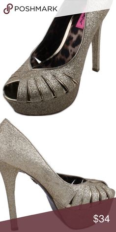 218a8417a93f Betsey Johnson Breann-G Womens Heels Size 8.5 Color on box described as