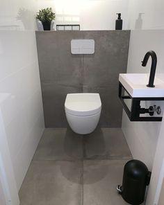 Toilet Closet – Home of Pondo – Home Design Small Downstairs Toilet, Small Toilet Room, Downstairs Bathroom, Bad Inspiration, Bathroom Inspiration, Bathroom Design Small, Modern Bathroom, Toilet Closet, Ideas Baños