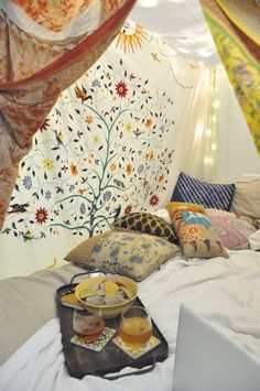 #Dekoration Höhle Bauen Für Kinder Und Erwachsene U2013 DIY Projekte Mit Decken  Und Bettlaken #