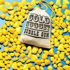 Gold Nugget Bubble Gum - I luved this stuff.I remember saving the bags to put pennies in! 1970s Childhood, Childhood Toys, Childhood Memories, Vintage Candy, Vintage Toys, Retro Candy, Vintage Stuff, 1970s Candy, Cowboy Birthday Party