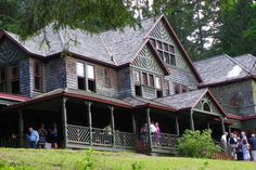 8 BEDROOMS (RENT AN ENTIRE INN, SLEEPS 16+) FLEISCHMANNS, NY - 30 minutes away from venue