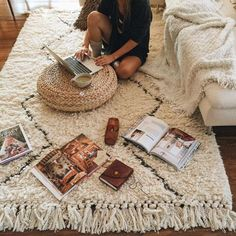 Cute rugs for bedroom things you need for a cute and cozy bedroom dream bedroom rug . Cozy Bedroom, Bedroom Decor, Bedroom Rugs, Dream Bedroom, Bedrooms, Room Goals, My New Room, Apartment Living, Living Room