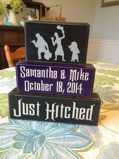 My halloween hitchhiking ghost set has been so popular I just couldnt resist designing this custom set for all the Haunted Mansion fans!!