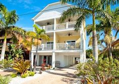 Bradenton Beach Vacation Rental - VRBO 619938 - 3 BR Anna Maria Island House in FL, 3BR/2.5 Bath, Professionally Decorated, Steps to Beach and Large Hot Tub