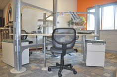 Desks For Rent! 1 Day $20, 5 Days $75, 10 Days $140, 15 Days $190, Full Month $250