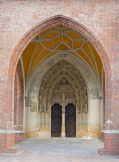 Holy Spirit Church, Landshut, Germany - Credit: Poco a poco, Wikimedia Commons (Featured pictures)