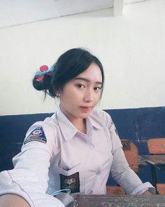 Your Professional Pin School Uniform Girls, Girls Uniforms, Katana Girl, Female Soldier, Beautiful Asian Girls, Asian Beauty, High School, Studio Apartments, Small Studio