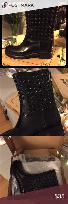 Brand new Dirty Laundry Spike rain bootie 💯 These are brand new, never worn. Other boot is still in packaging. These are a rain boot style/feel with studs on the upper half. Very edgy and cute! ❤️ dirty laundry Shoes Winter & Rain Boots
