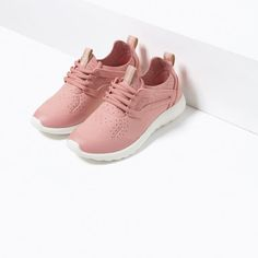 Image 6 of CONTRAST SNEAKERS from Zara