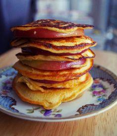healthy apple pancakes. no flour. no egg. three incredients. wildsau weissblau.