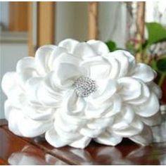 Satin Lotus Wedding Bridal Handbag *Free Shipping* for R440.00 Cheap Fashion, Girl Fashion, Bridal Handbags, Latest Street Fashion, Beautiful Bride, Evening Bags, Lotus, Diamond, Rose