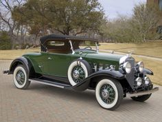 1931 LaSalle Roadster - (LaSalle brand marketed by General Motors Cadillac division, Detroit, Michigan Classic Motors, Classic Cars, Vintage Cars, Antique Cars, General Motors Cars, Automobile, Car Wheels, Collector Cars, Hot Cars