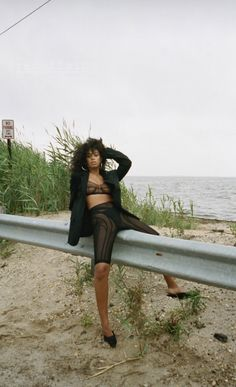 Neo Soul, Solange Knowles, Planet Earth, Photoshoot, Style Inspiration, Pure Products, Lifestyle, Beach, Saints