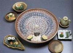 """#sashimi The day I try fugu (河豚), Japanese for """"pufferfish"""", I really hope it won't be my last meal."""