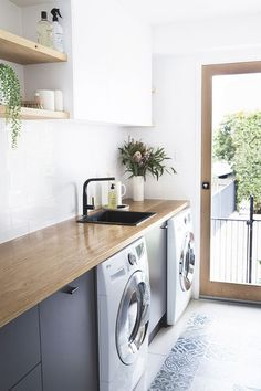 "Acquire great ideas on ""laundry room storage diy cabinets"". They are actually accessible for you on our website. Farmhouse Style Kitchen, Modern Farmhouse Kitchens, Kitchen Grey, Kitchen Sink, Kitchen Dining, Timber Benchtop, Meme Design, Modern Laundry Rooms, Modern Room"