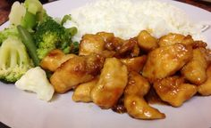 """Sticky honey chicken """"SlowCooker"""" This is so easy and SO GOOD. I added a few thinly sliced green onions (table onion) just before taking it out. Honey Chicken Slow Cooker, Pressure Cooker Chicken, Honey Garlic Chicken, Crock Pot Slow Cooker, Crock Pot Cooking, Slow Cooker Recipes, Meat Recipes, Asian Recipes, Crockpot Recipes"""