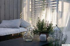 Rivitalopiha - Sisustuskuva jäseneltä jaana_k - StyleRoom. Outdoor Sofa, Outdoor Furniture, Outdoor Decor, Terrace, Home Decor, Balcony, Decoration Home, Patio, Room Decor