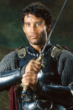 Clive Owen as Arthur 2004 film King Arthur. - I thought he was good in chancer but love this film! Clive Owen, King Arthur Movie, King Arthur Costume, I Movie, Movie Stars, Rei Arthur, Image Film, Hugh Dancy, Renaissance
