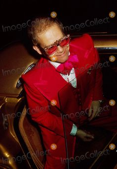 Elton John 1974 Photo by Phil Roach-ipol-Globe Photos, Inc.