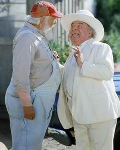 Dukes of Hazard . love this pic of Uncle Jesse & Boss Hogg! Dukes Of Hazard, 1970s Tv Shows, Old Tv Shows, Denver Pyle, James Best, Uncle Jesse, Catherine Bach, Nostalgia, I Still Love Him