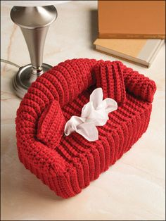 crochet tissue box cover how cute!