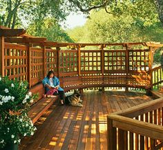 7 Ways to Add Privacy to Your Deck | Wahoo Decks | Wahoo Aluminum Decking