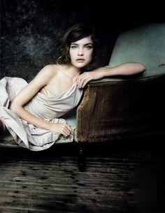 Beautiful Natalia  [Natalia Vodianova by Paolo Roversi for Vogue China May 2010]