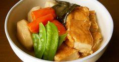秋の味覚里芋、厚揚げ、人参で煮物を作り煮汁にとろみをつけて美味しい汁ごと頂きましょう。