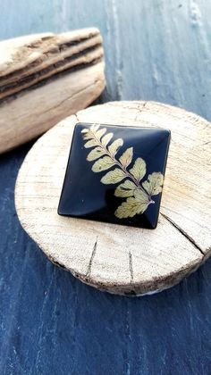Autumn Fall Fern brooch, Goodluck Handmade gift for him/her Nature plant lover minimalist Jewellery leaf fond For magical protection luck by FernBerryBoutique on Etsy Fern Tattoo, Handmade Gifts For Him, Nature Plants, Good Luck, Minimalist Jewelry, Ferns, Brooch, Autumn Fall, Unique Jewelry