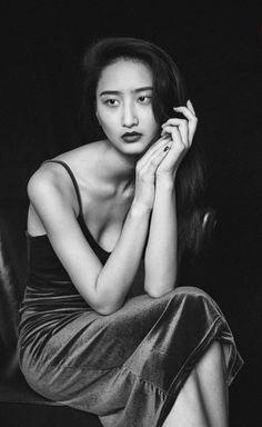 Bea131dny Photography Picture A9852035portrait Ideas Posesportrait Women Close UpSelf Portrait Creative Black White