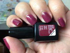 The berry best nails with Berry Drop #sensationail #gelnails #manicure
