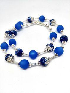 Ketten kurz - Blaue Kette Strass küsst Polaris Blautöne Bling - ein Designerstück von Oase-der-Perlen bei DaWanda