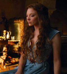 Natalie Dormer as Margaery Tyrell in Game of Thrones Game Of Thorns, Margery Tyrell, Beautiful People, Beautiful Women, Growing Strong, The North Remembers, Natalie Dormer, Anne Boleyn, Strong Women