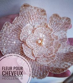 how to do silk ribbon embroidery Tambour Beading, Tambour Embroidery, Couture Embroidery, Silk Ribbon Embroidery, Beaded Embroidery, Hand Embroidery, Embroidery Designs, Beaded Flowers, Embroidered Flowers