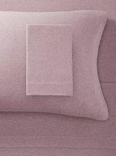 La Rochelle Mauve Heather Solid Flannel Sheet Set (Mauve)