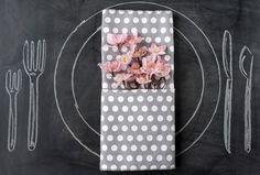 10 Façons De Plier Une Serviette Facilement. Napkin Ideas.