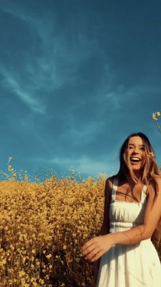 Sierra Furtado - Sierra Furtado Source by - Tumblr Photography, Portrait Photography, Shotting Photo, Instagram Pose, Instagram Ideas Artsy, Instagram Summer, Instagram Story, Insta Pictures, Insta Photo Ideas
