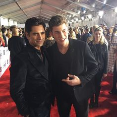 Pin for Later: There Was So Much Eye Candy at the PCAs, You Might Get a Toothache Pictured: John Stamos and Shawn Mendes