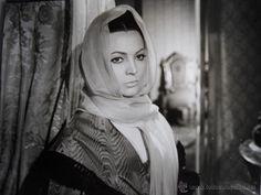 LA BELLA LOLA (1962) - SARA MONTIEL - Foto 1