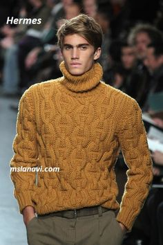 Hermes sweater - great for autumn Golf Fashion, Mens Fashion Suits, Fashion Outfits, Men's Fashion, Mens Style Guide, Mens Fall, Sharp Dressed Man, Gentleman Style, High End Fashion