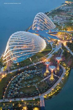 Have spare time and living in Singapore? Head over to Gardens by the Bay, well worth a visit!