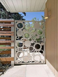Stainless steel garden gate: 21 original design ideas - New Decoration ideas Metal Garden Gates, Beautiful Modern Homes, Steel Gate, Original Design, Front Gates, Australian Garden, Grill Design, Garden Types, Fence Gate